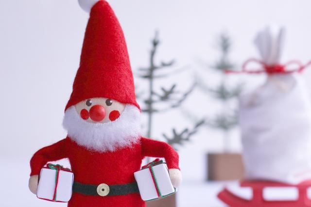サンタさんからのプレゼントはいつ渡す?置き場所は?