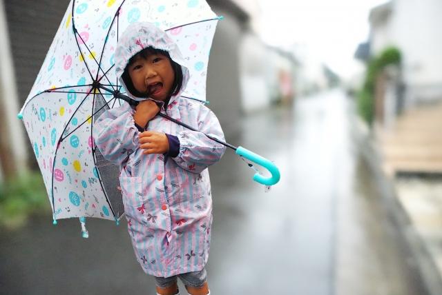 保育園の送迎は天候が悪くても自転車? 雨や雪の日はどうしてる?