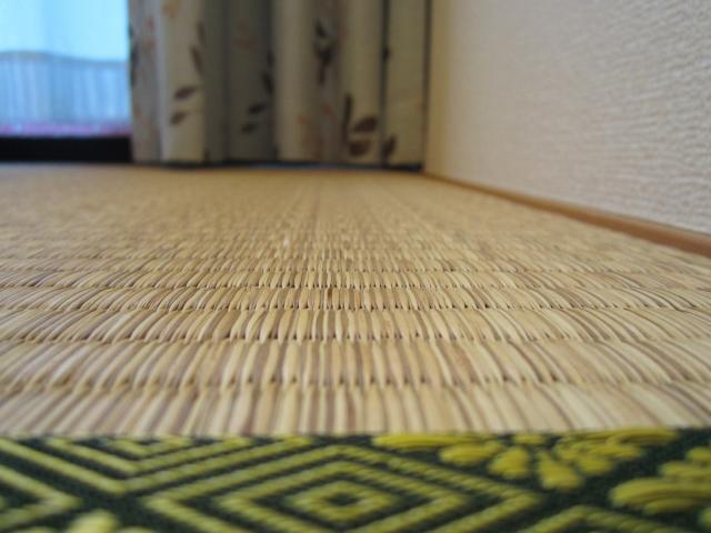 クレヨンの落書きの落とし方 畳の汚れを綺麗に消す方法はコレ