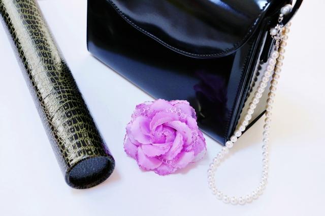 卒園式のバックは葬式用のかばんで代用するのはありなのか?
