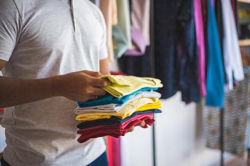 ヒートテックの毛玉の対処法!洗濯で防げる?取り方は?
